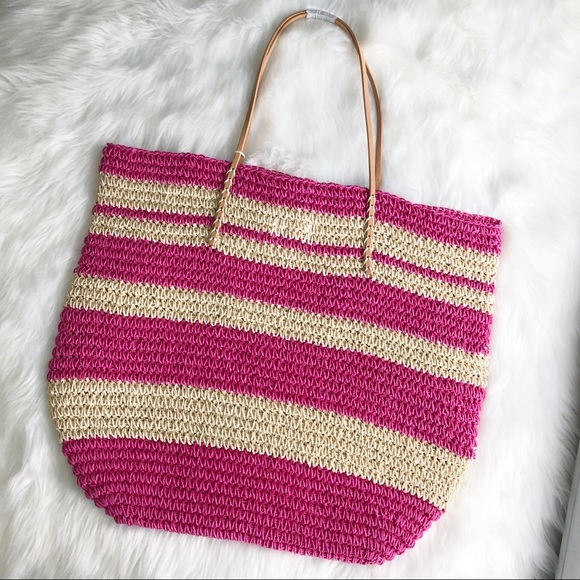 Merona Handbags - Merona • Straw Beach Bag